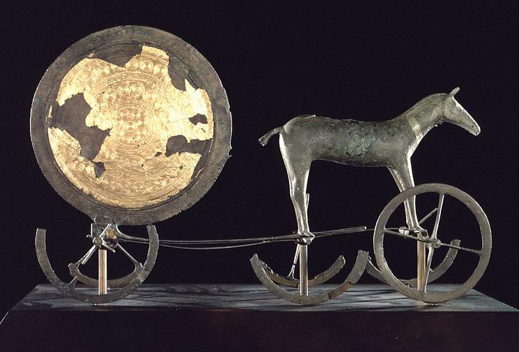 Disco solar dorado de Trundholm (Dinamarca)